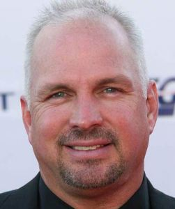 garth-brooks-balding